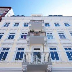 Erstklassiges-Wohnen-auf-140-m²-Wfl.-und-50m²-Terrasse-in-Bestlage-der-Sternschanze-1024x683